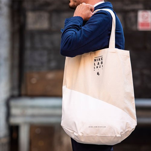canvas tote bags and shoppers
